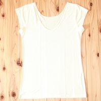 金伴 絹3分袖シャツ<br>¥5,832 (税込)
